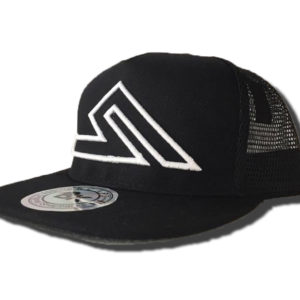 SUMMIT SNAPBACK BLACK WHITE